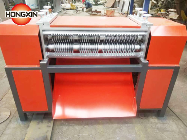 Air conditioner radiator separating machine
