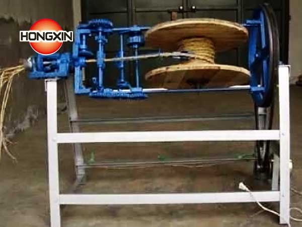 Small sea grass rope making machine